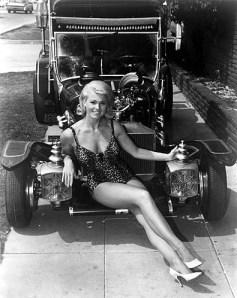 Pat-Priest_attractive_munster & car