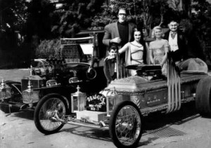 The-Munsters-classic-television-revisited-2347148-689-498
