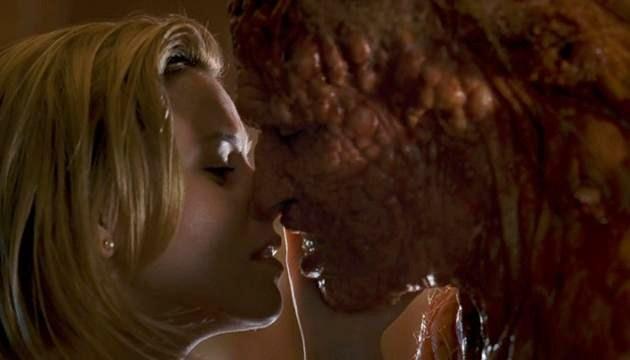 Slither (2006) - Elizabeth Banks and Michael Rooker