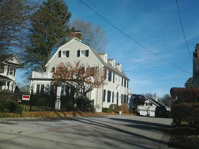 Pin amityville horror house on pinterest for The amityville house for sale