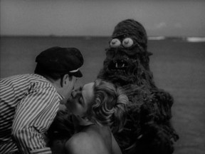 creature from the haunted sea pic 10