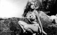 Raquel Welch - One Million Years BC pic 11