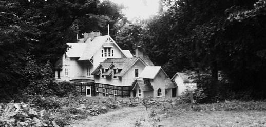 Dewey House - Roslyn