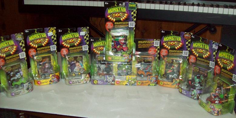 Monster Toys For Boys : Monster toys for girls and boys parlor of horror