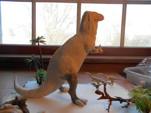 Iguanodon by Mike K - sculpt in progress