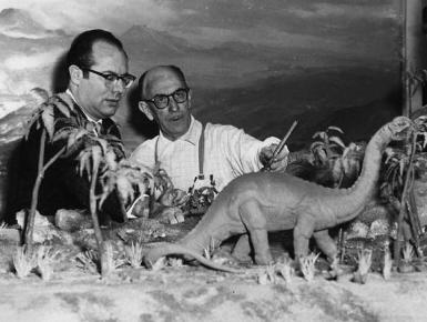 The animal world dinos - Irwin Allen and Obrien