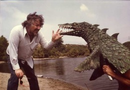 planet of dinosaurs pic 6