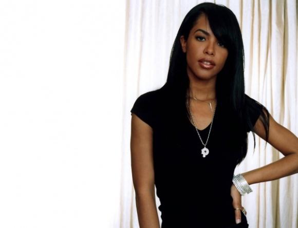 Aaliyah photo 005