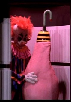 Killer Klowns from Outer Space pic 12