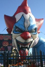 Haunted House Spook Show Rides - greeters 3