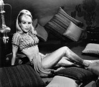 Barbara Eden -pic 12