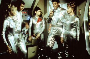 lost in space - crew