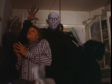salems lot - pic 11