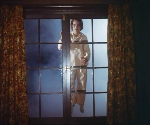 salems lot - pic 6