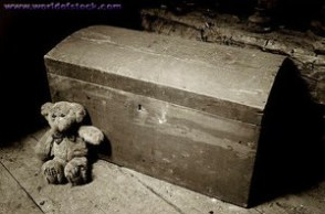 teddy bear and toy chest