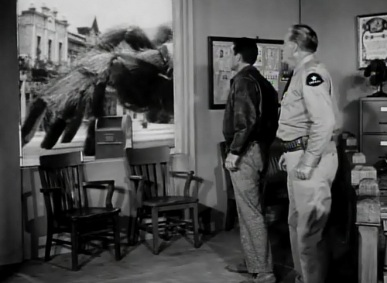 Earth vs the Spider (1958) - pic 9