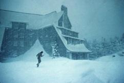 shining-1980-overlook-hotel-blizzard