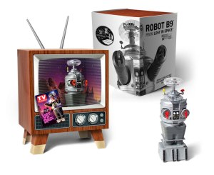 17RMB03_Lost-In-Space-Robot-Mini