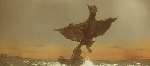 Gamera vs Gyaos - pic 13