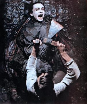 bloodfordracula-1974-andy-warhols-dracula